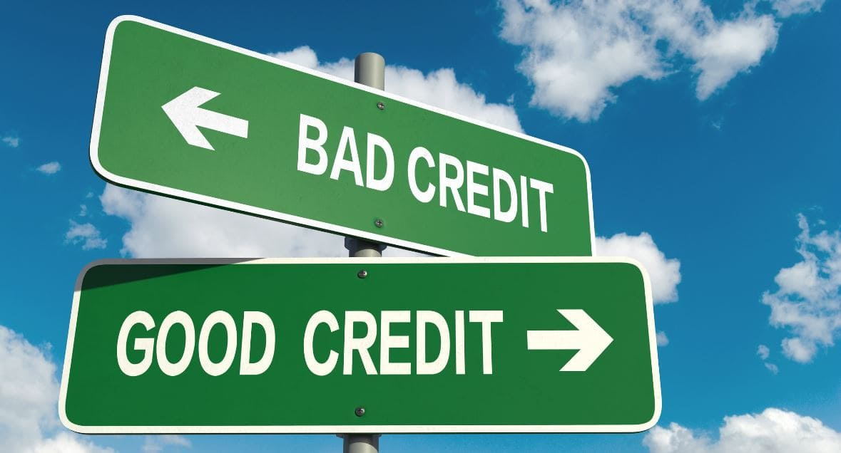 Good credit and bad credit sign boads